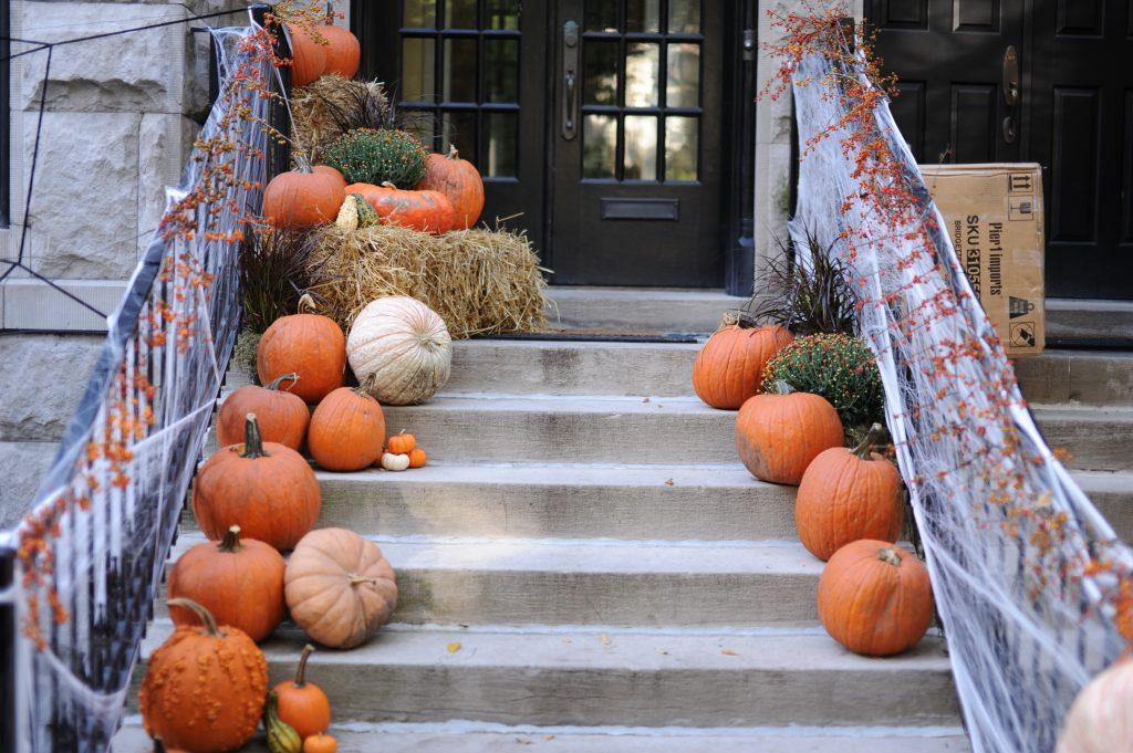 Luminous Halloween Houses
