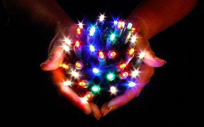 Ask Jason: Why Use 5 mm Wide Angle Conical LED Christmas Lights Instead of M5 Lights?