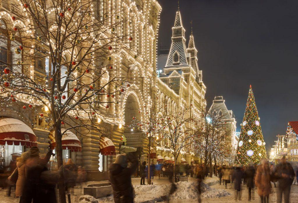 magical outdoor christmas light displays