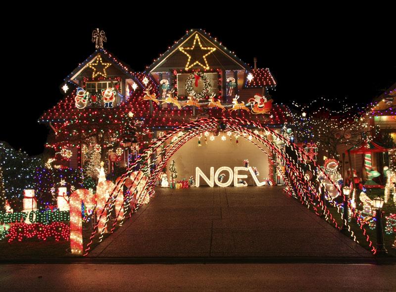 Creating your personal christmas experience christmas designers crazy christmas lights solutioingenieria Images