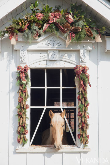 Christmas Garland on Stables