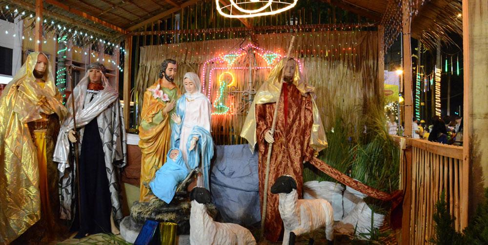 religious christmas display