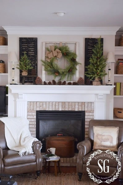 Simple Christmas Mantel Decorating Ideas