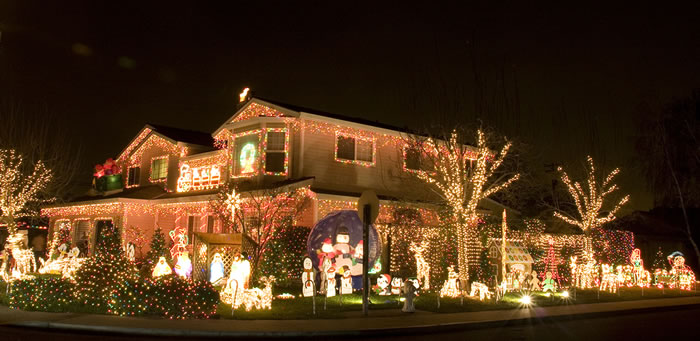 Neighborhood Christmas lighting contest