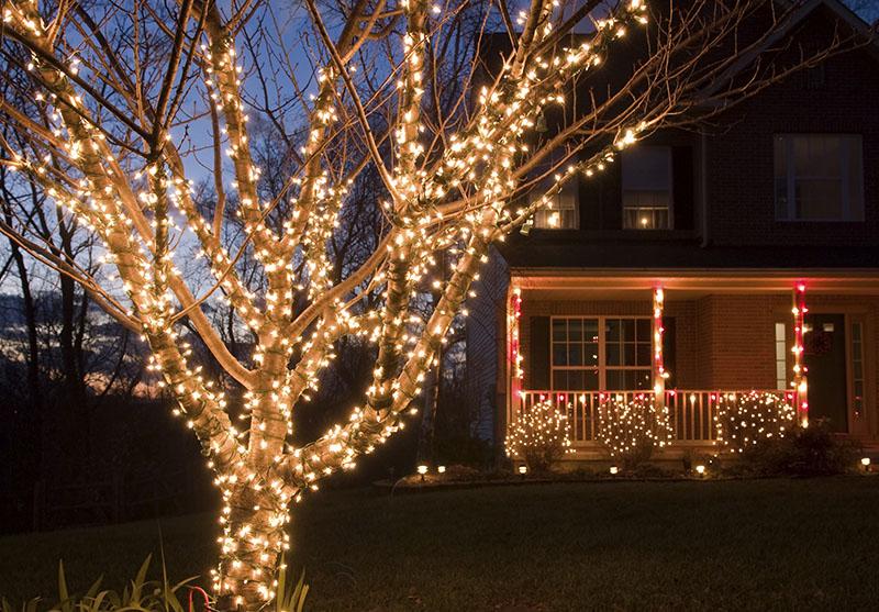 Christmas Minimalist Lighting