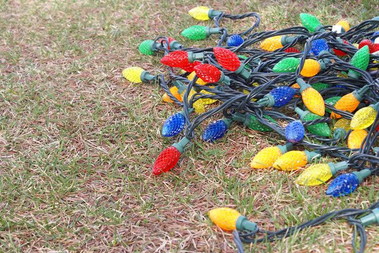 Removing Christmas Lights