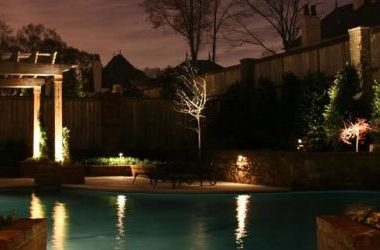 10 Backyard Lighting Trends of 2016