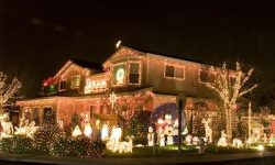 How to Win Your Community's Christmas Lighting Contest