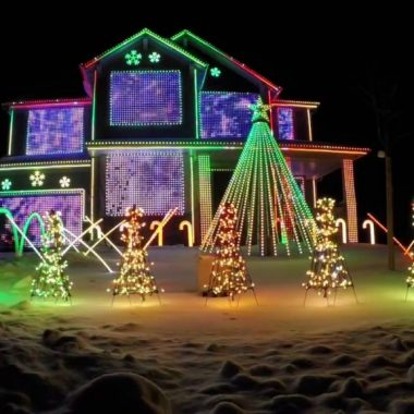 Christmas Lights To Music.5 Of The Most Outrageous Christmas Light Displays Ever Set